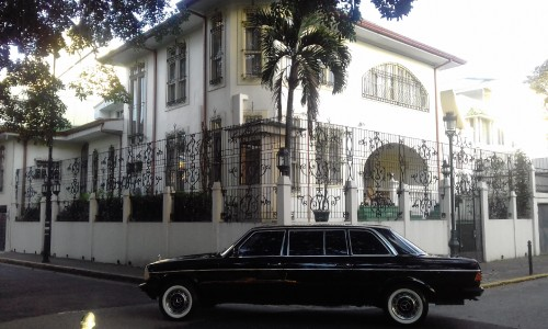 CLASSIC-BARRIO-AMON-MANSION-COSTA-RICA-LIMOUSINE.jpg