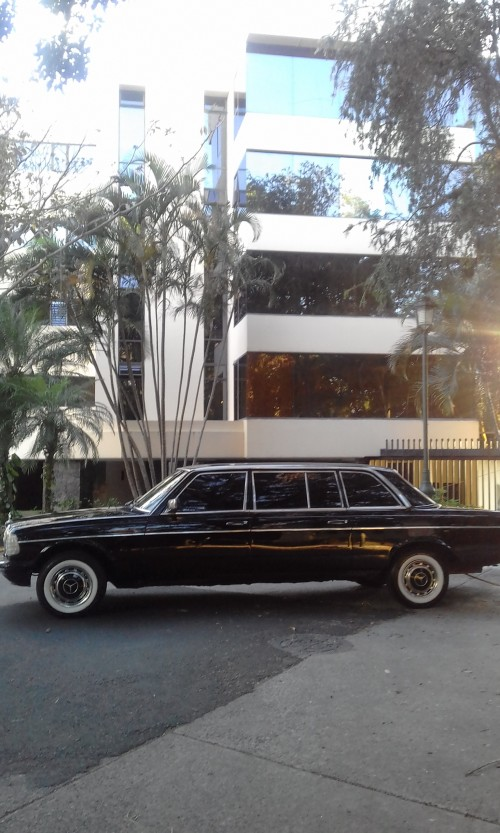 CLIENT-LIMOUSINE-COSTA-RICA-CALL-CENTER.jpg