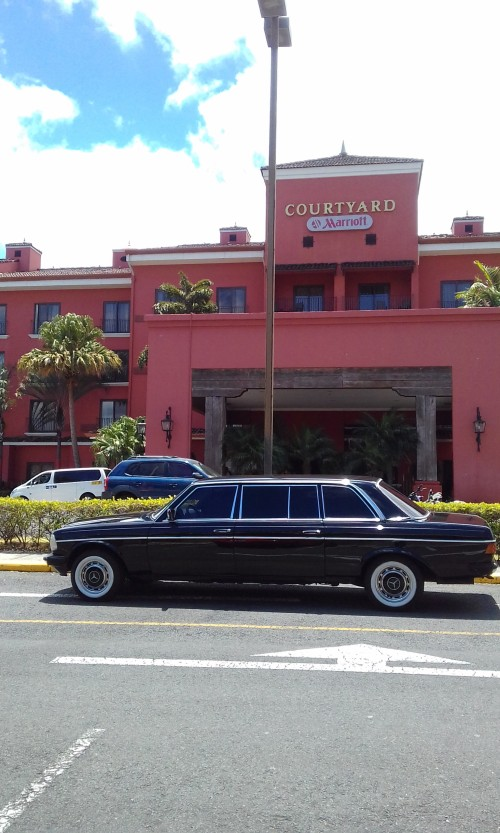 Courtyard-by-Marriott-San-Jose-Escazu-COSTA-RICA-LIMOUSINE.jpg