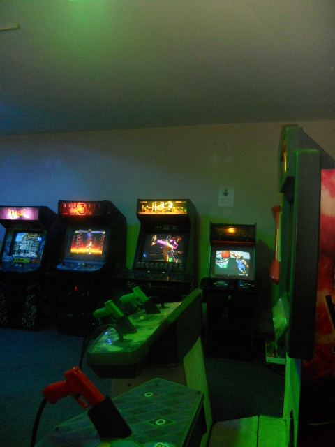 GAMIFICATION-COOL-EMPLOYEE-GAME-ROOM.jpg