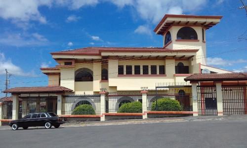 Mansion-de-POPOF-pavas-COSTA-RICA-LIMOUSINE.jpg