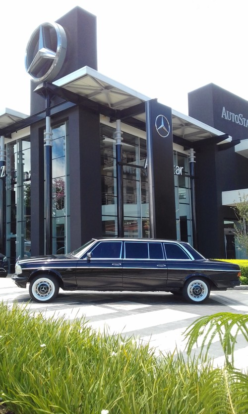 Mercedes-Benz-COSTA-RICA-LIMOUSINE.jpg