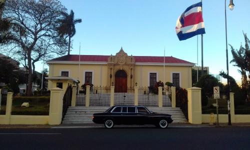 Ministerio-de-Relaciones-Exteriores-y-Culto-de-Costa-Rica-LIMOUSINE.jpg