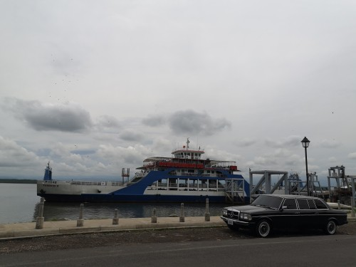 Puntarenas-Ferry.-COSTA-RICA-LIMO-SERVICE-W123-LANG-LWB-300D.jpg
